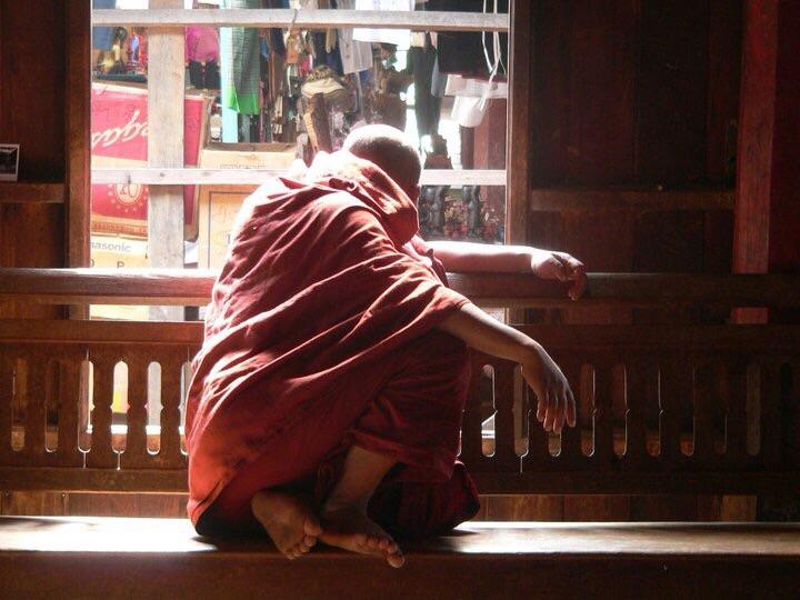 szerzetes
